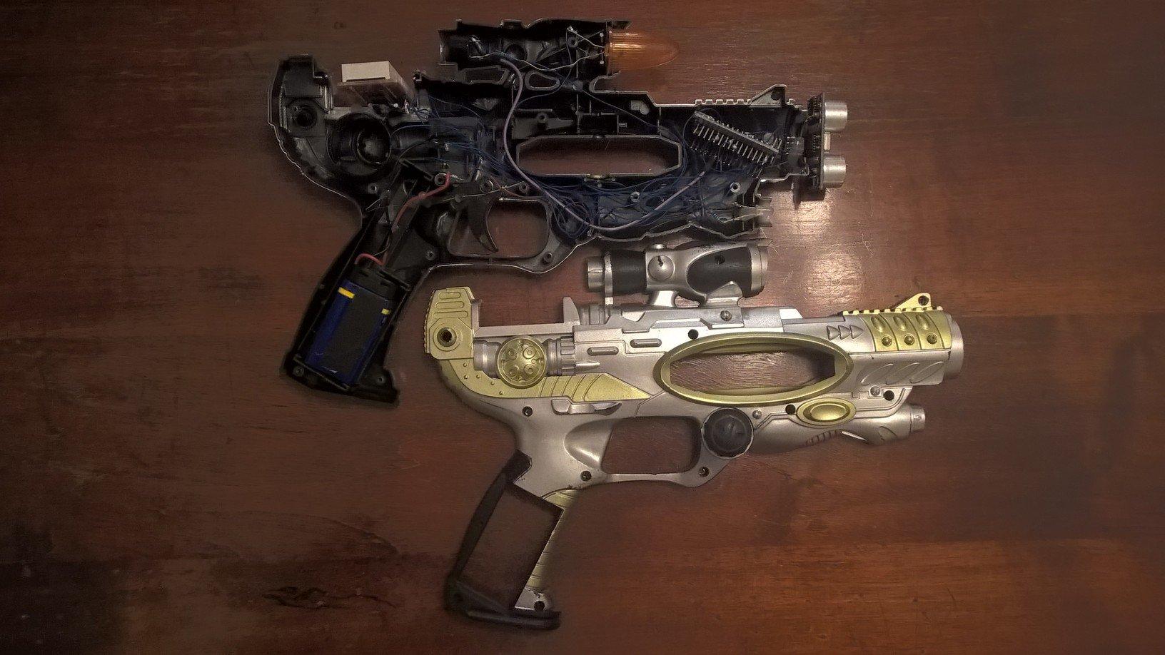 Schema Elettrico Ultrasuoni Per Cani : Sensore ultrasuoni arduino riciclare una pistola