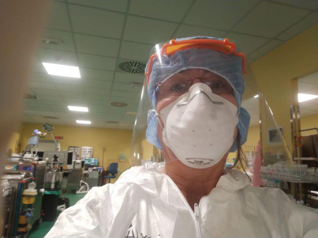 protezione da coronavirus visiere realizzate con stampa 3d e taglio laser per operatori sanitari